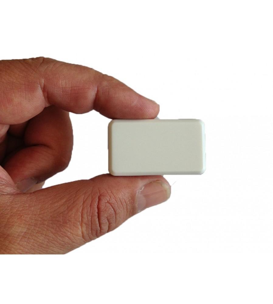 GSM odašiljač sa mogučnošću dojave na zvuk i vibraciju