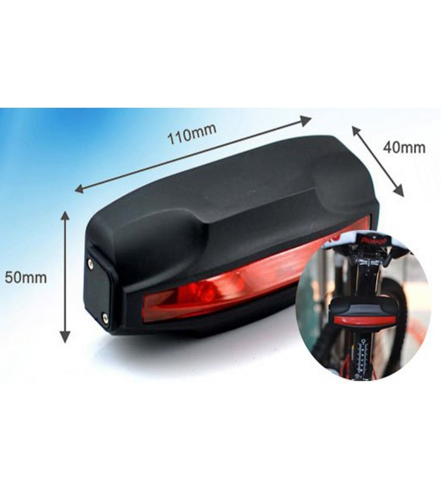GPS lokator ugrađen u stražnju lampu od bicikla.