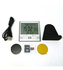 Spy kamera u meteo stanici Isporučuje sa SD karticom od 16 GB i podržava do 32 GB SD kartice.
